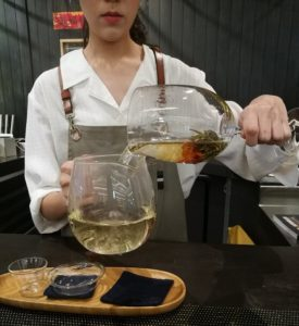 Pour Blooming Tea To Another Container